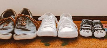 Različni čevlji